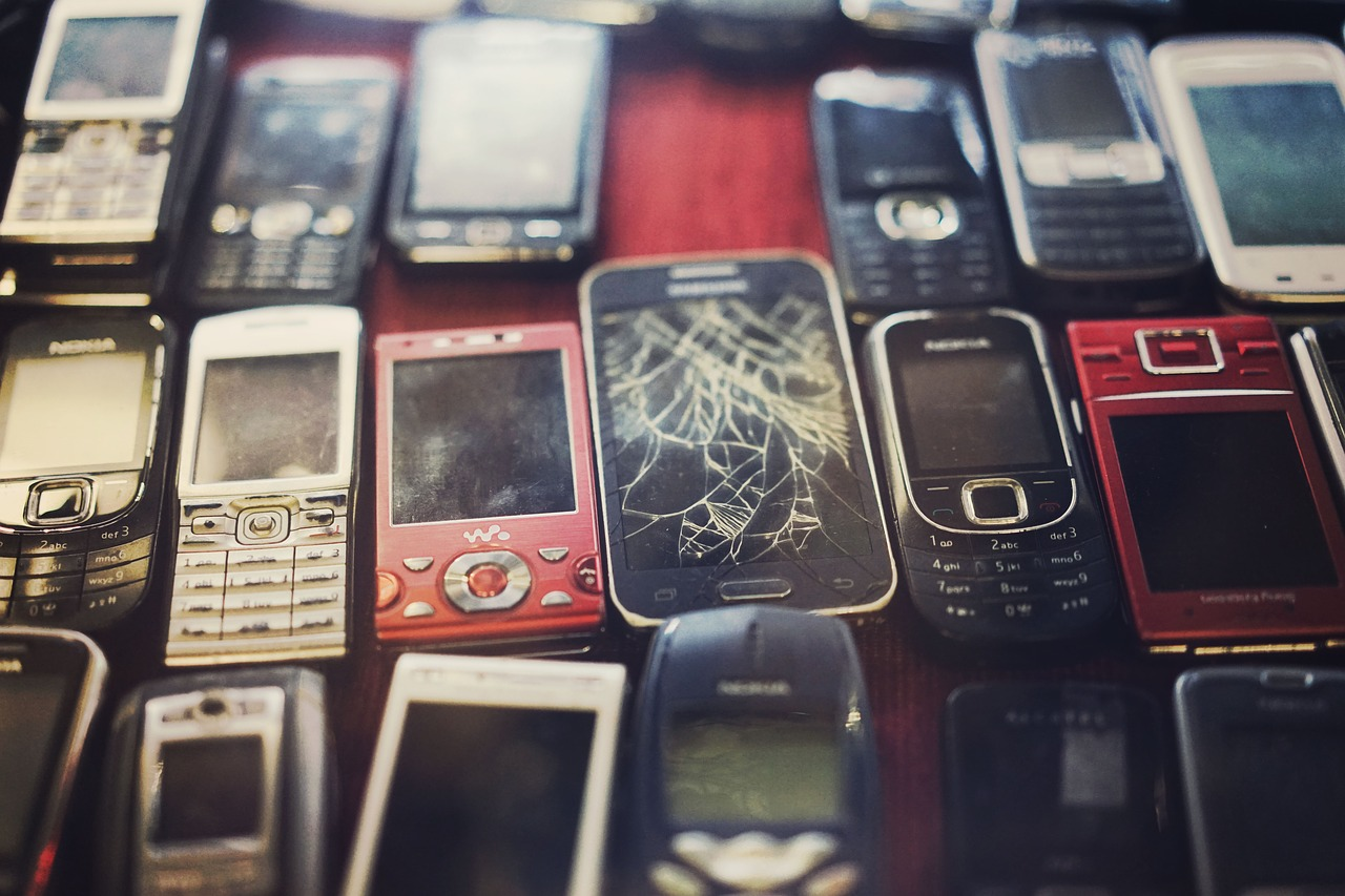 image of cell phone e-waste