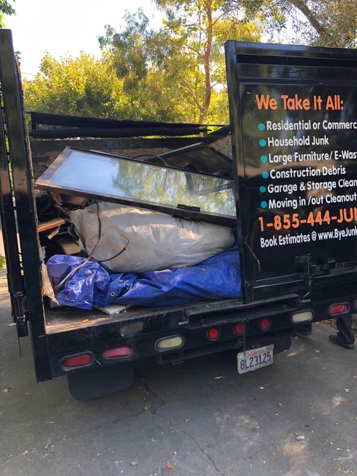 Bye Junk truck full from a customer in Moraga